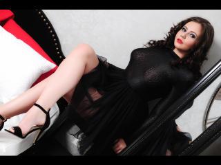Sexy nude photo of BrianaRoberts