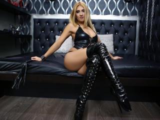 SwitchBlonde webcam striptease