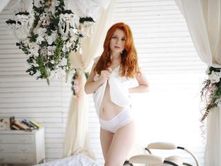 WomanIsAngel erotic live show