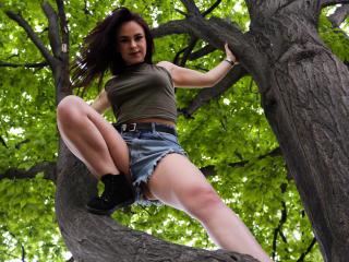 AliceCreame - 在XloveCam?欣賞性愛視頻和熱辣性感表演