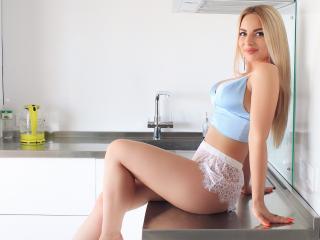 EmiliaBon - Live porn & sex cam - 6588843