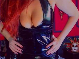 SexGoddessMia girl webcam model
