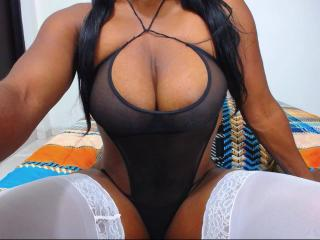 Photo de profil sexy du modèle AfroditaSexyX, pour un live show webcam très hot !