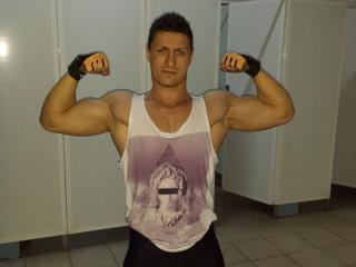 Picture of the sexy profile of AlexMuscle, for a very hot webcam live show !