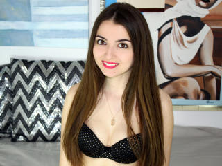Photo de profil sexy du modèle Brizhid, pour un live show webcam très hot !