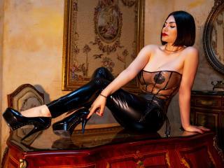 Hình ảnh đại diện sexy của người mẫu CrystalFetish để phục vụ một show webcam trực tuyến vô cùng nóng bỏng!