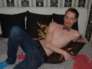 Picture of the sexy profile of DirtyKenny, for a very hot webcam live show !