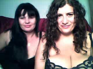Foto de perfil sexy de la modelo EroticGame, ¡disfruta de un show webcam muy caliente!