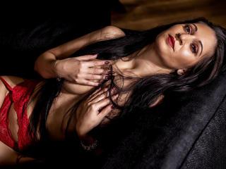 Model ExoticValery'in seksi profil resmi, çok ateşli bir canlı webcam yayını sizi bekliyor!
