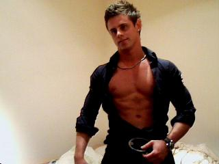 Picture of the sexy profile of KinkyBOY4U, for a very hot webcam live show !