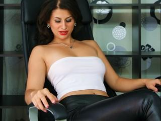 Picture of the sexy profile of LuciousLips, for a very hot webcam live show !