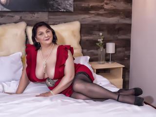 Velmi sexy fotografie sexy profilu modelky MILFPandora pro live show s webovou kamerou!