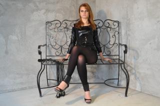Photo de profil sexy du modèle MistressEdenn, pour un live show webcam très hot !
