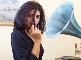 Hình ảnh đại diện sexy của người mẫu Morennita để phục vụ một show webcam trực tuyến vô cùng nóng bỏng!