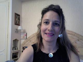 Foto de perfil sexy de la modelo NyckyLove, ¡disfruta de un show webcam muy caliente!