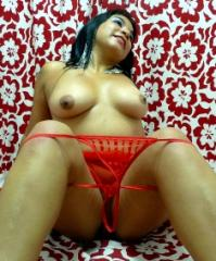 Picture of the sexy profile of SEXYLATINOT, for a very hot webcam live show !