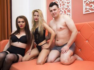 τρίο σεξ cam Γερμανικό Έφηβος/η πορνό βίντεο