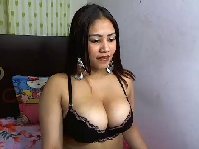 Sexy profilbilde av modellen  Bonheur, for et veldig hett live webcam-show!