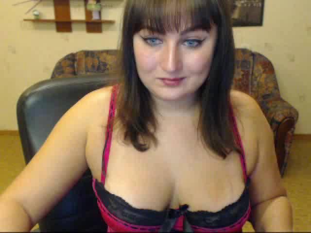 Foto de perfil sexy de la modelo CuteCarolina, ¡disfruta de un show webcam muy caliente!