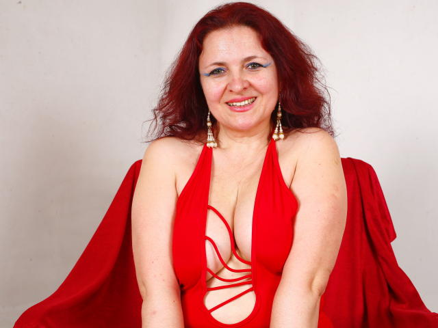 Fotografija seksi profila modela  DivinPlaisir69 za izredno vroč webcam šov v živo!