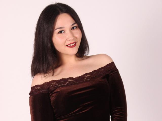 Foto de perfil sexy de la modelo LifeLongLove, ¡disfruta de un show webcam muy caliente!
