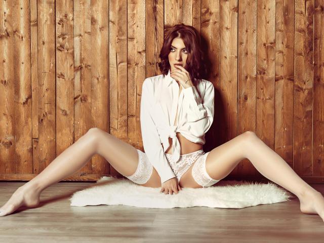 Velmi sexy fotografie sexy profilu modelky SierraStar pro live show s webovou kamerou!