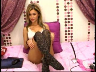 Myka - Show live nude with a European Lady over 35