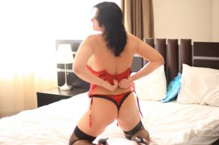 BrunetteHotMilf - Sexy live show with sex cam on XloveCam