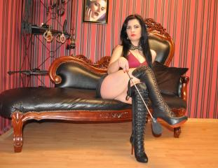MistressRouge - Sexy live show with sex cam on XloveCam