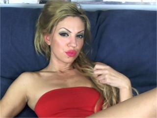 Chrissttine porn on webcam