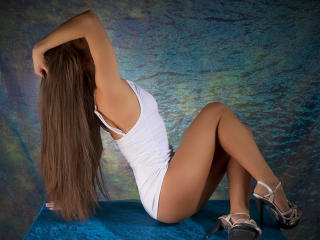 Abriana - Live cam x with a shaved intimate parts Young lady