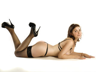 LucyRose - Sexy live show with sex cam on XloveCam