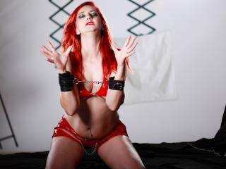 PlayfulVenus - Sexy live show with sex cam on XloveCam