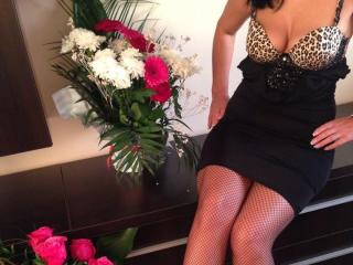 AnneHot - Sexy live show with sex cam on XloveCam