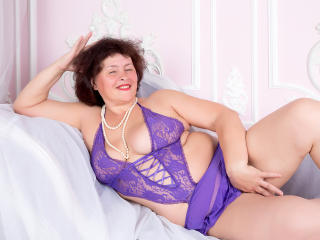BerryChic - Sexy live show with sex cam on XloveCam