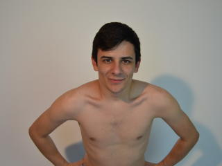 KevHardCock - Sexy live show with sex cam on XloveCam