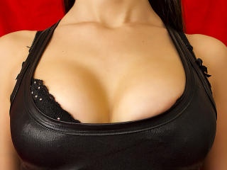 HottieAmmy - Sexy live show with sex cam on XloveCam
