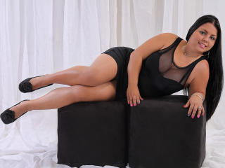 BrendaaHot - Sexy live show with sex cam on XloveCam