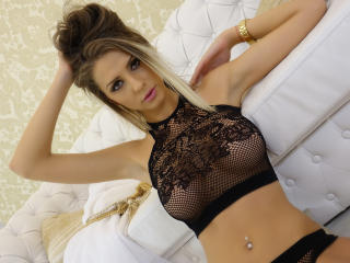 TinnaDoll - Show sexy et webcam hard sex en direct sur XloveCam®