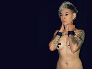 Celesthe - Sexy live show with sex cam on XloveCam