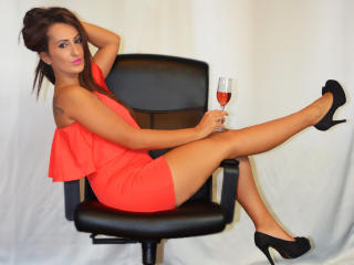 LovelyHottGirl - Sexy live show with sex cam on XloveCam