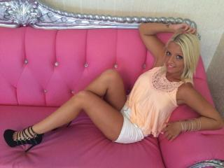 NaughttyDoll69 - Sexy live show with sex cam on XloveCam®