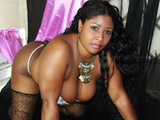 Sexy nude photo of LoreneAss