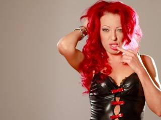 ShannonCC - Webcam nude with a red hair Hot babe