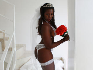 CherryDiva - Sexy live show with sex cam on XloveCam