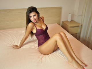 AmetheeaSweet - Chat cam hot with this cocoa like hair Hot chicks