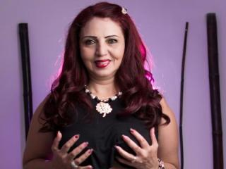 SweetyThelma - Sexy live show with sex cam on XloveCam®