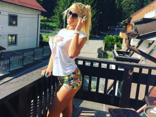 LoreHottie - chat online hot with this average constitution 18+ teen woman