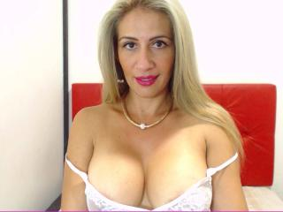Angielica - online show xXx with a sandy hair Hot chick