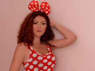 TashaRouge - Show sexy et webcam hard sex en direct sur XloveCam®